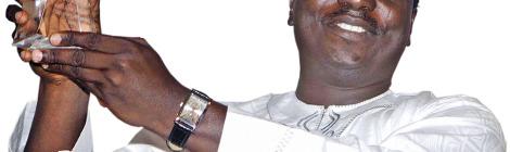 Nigerian Poet Wins $100,000 Prize
