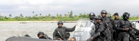 Nigerian Naval Commander Hails Drop in Oil Theft