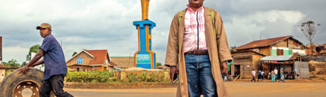 Congolese Sculptor Looks to the Past