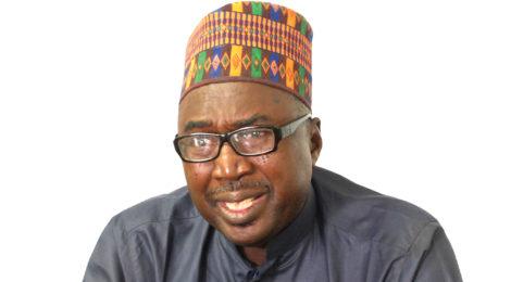 تكريم محامي نيجيري بسبب قيامه بالوساطة